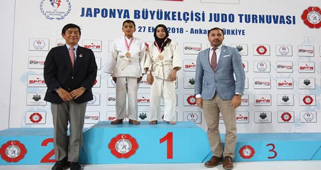 Japonya Büyükelçiliği Judo Turnuvası yapıldı