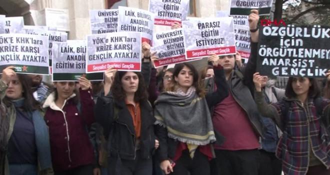 Beyazıt Meydanı'nda 'YÖK' protestosu