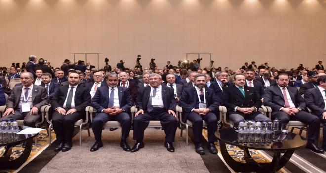 Yabancı yatırımcılar Fırsatlar Zirvesi'nde bir araya geldi