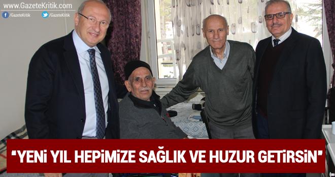 CHP'li Çakırözer'den huzurevi ve devlet hastanesine yeni yıl ziyareti