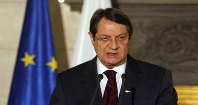 Rum lider: Kıbrıs'ta asker varlığı son bulmalı, Maraş iade edilmeli
