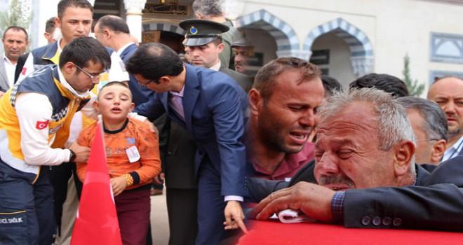 Şehit Sözleşmeli Er Emre Güngör, gözyaşlarıyla uğurlandı