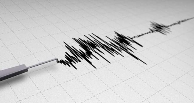 Çeşme açıklarında art arda iki deprem