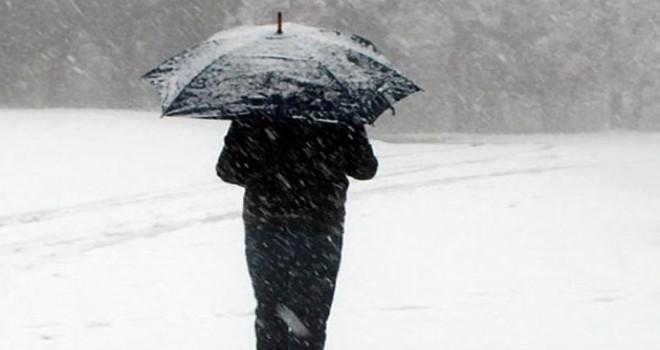 Ağrı ve Elazığ'da eğitime kar engeli