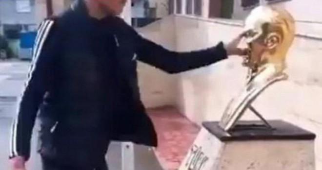 Atatürk'e hakaretten tutuklandı