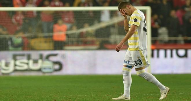 Fenerbahçe, ilk yarıyı 17'nci sırada tamamladı