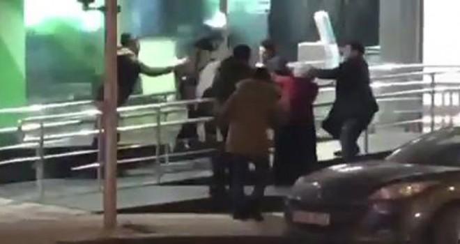 ATM sırasında kavga