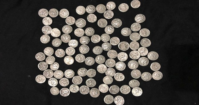 Adıyaman'da 91 gümüş sikke ele geçirildi