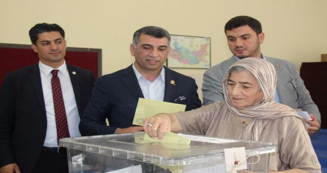 CHP'li Erol ve Taşdelen'in acı günü