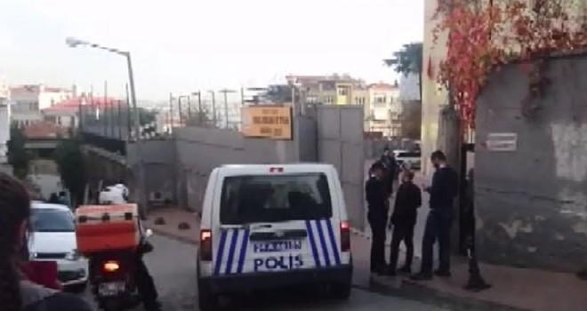 Beyoğlu'ndan bir genç kız okulunun penceresinden atladı!
