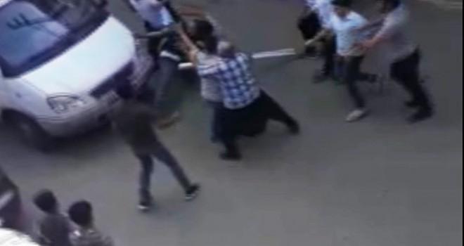 Şanlıurfa'da 1 kişinin öldüğü ailelerin kavgası kamerada