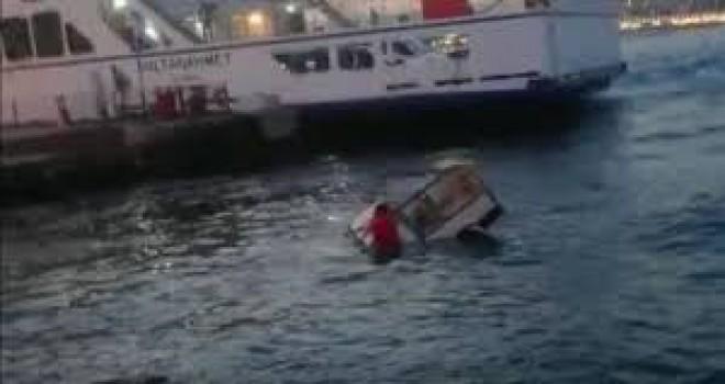 Eminönü'nde denize uçan araçtan böyle kurtarıldılar