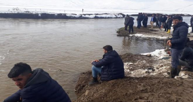 Balık avına giden Ömer'den haber alınamıyor