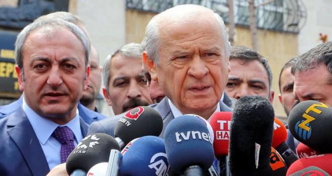 Devlet Bahçeli: HDP Selahattin Demirtaş haricinde başka birini bulamadı mı?
