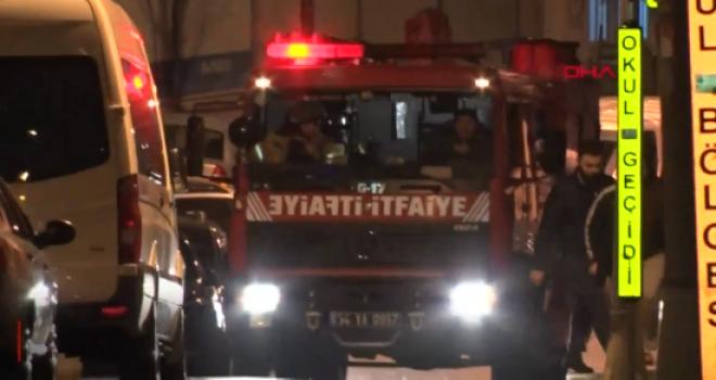 Elektrik panosu yandı: İtfaiye 16 kişiyi tahliye...