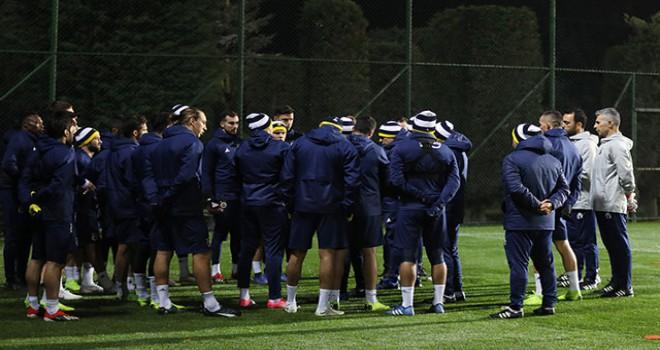 Fenerbahçe, ikinci devre hazırlıklarına start...