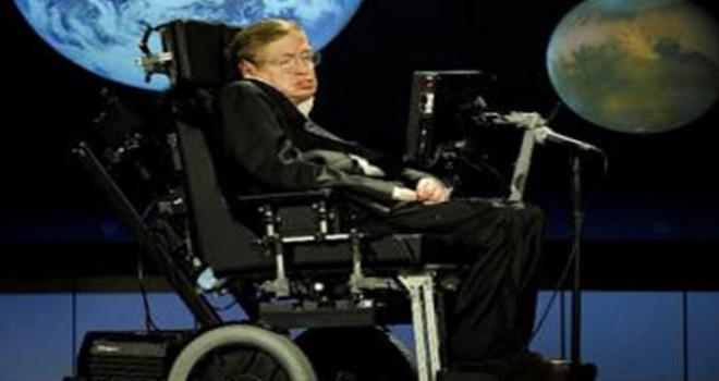 Stephen Hawking'in akıllı sandalyesi ve doktora...