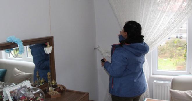Ereğli'de, binadaki çatlak nedeniyle tahliye kararı
