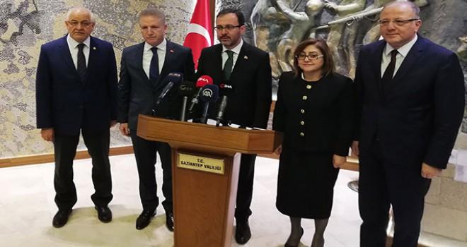 Bakan Kasapoğlu: Gaziantep'ten yüzme şampiyonları...