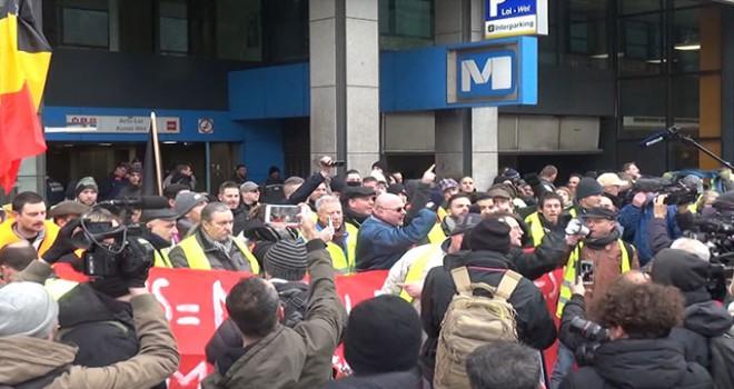 Sarı yelekliler Brüksel'de gösteri düzenliyor