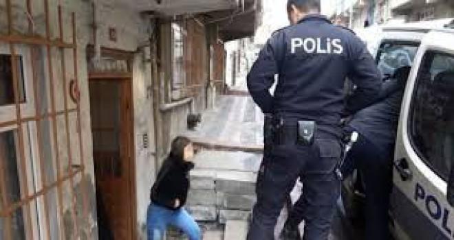 İstanbul'da genç kızın zincirli esareti