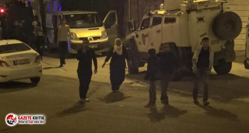 Diyarbakır'da aileler arasında bahçe kavgası:...