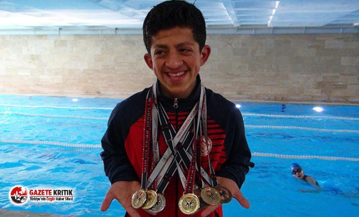 İlk şampiyonasında 7 madalya aldı