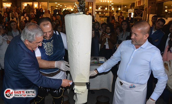 Kahramanmaraş'ta 250 kiloluk 'dondurma'...