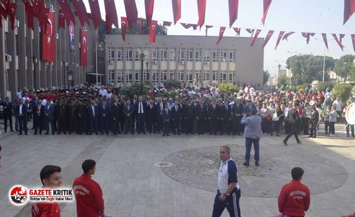 19 Mayıs kutlamalarında baro başkanına ayrılan protokol koltuğuna CHP'li belediye başkanının eşi oturtuldu