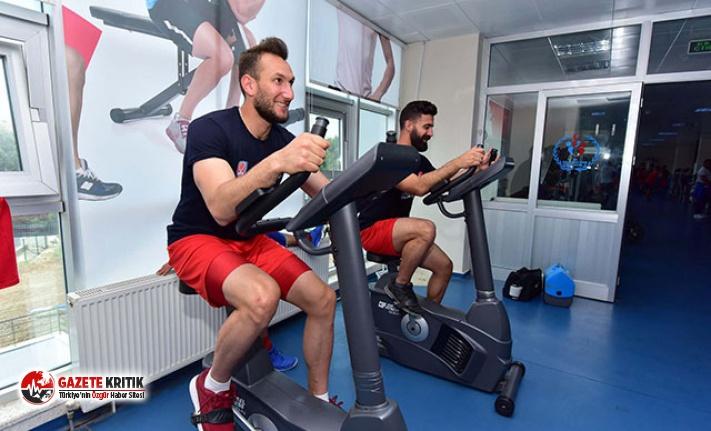 Hokey takımı Avrupa Şampiyonası'na hazırlanıyor