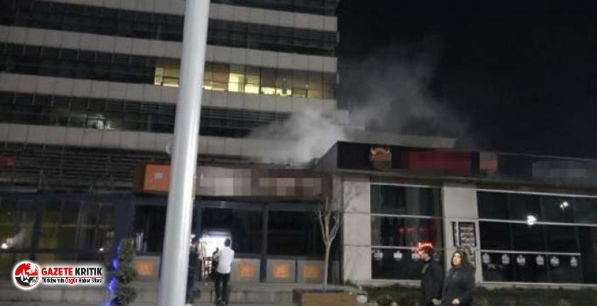 İstanbul'da AVM'de yangın paniği
