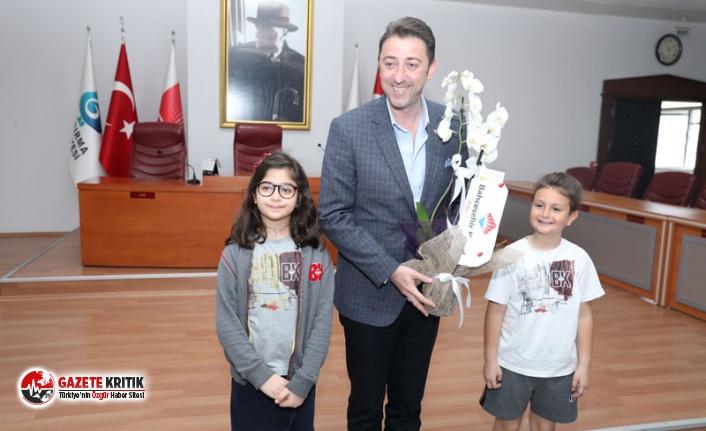 ÖĞRENCİLER YEREL YÖNETİMLER DERSİNİ BAŞKAN TOLGA TOSUN'DAN DİNLEDİ