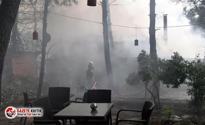 Ümraniye'de kafe yangını