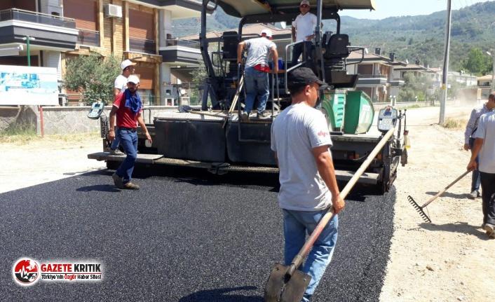 Altınoluk Mahallesi'nde asfalt çalışması