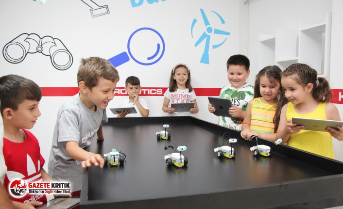 Edremit Belediyesi'nden öğrencilere robotik kodlama eğitimi