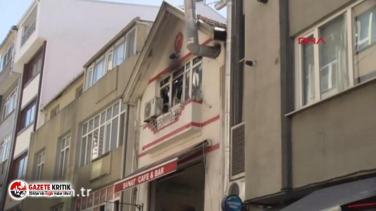 Kadıköy'de kafede yangın
