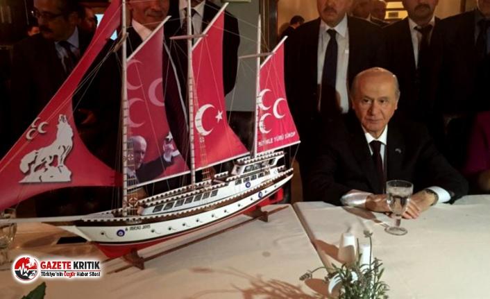 """""""Erdoğan, çok istese bile Bahçeli prangasından kurtulmadan en ufak bir iyileştirme yapamaz"""""""