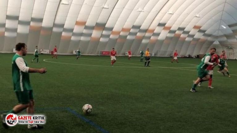 Kanser hastalarına yardım için 169 saat futbol oynadılar
