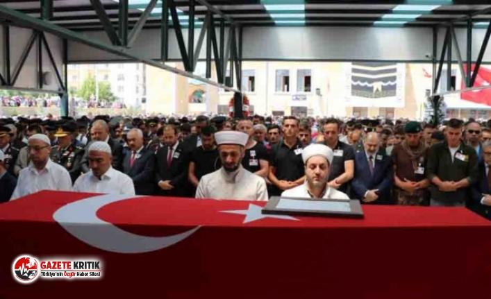 Şehit teğmen Alim Keskin'i binlerce kişi uğurladı