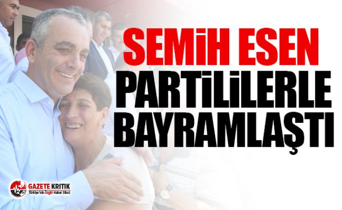 Başkan Semih Esen, partililerle bayramlaştı…