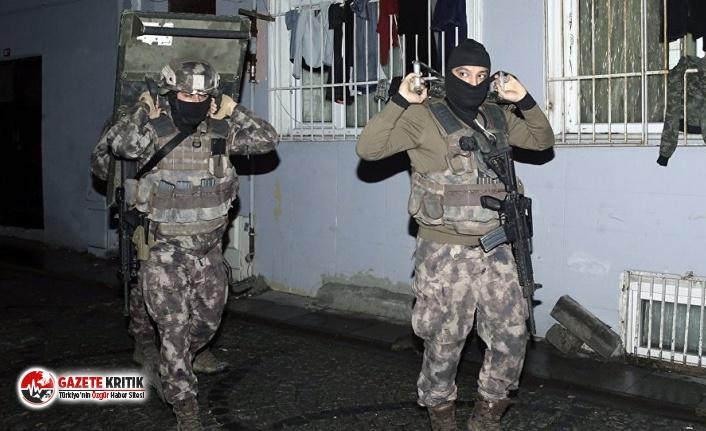 İzmir'de IŞİD operasyonu: 6 Suriyeli gözaltına...
