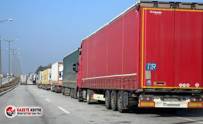 Suudi Arabistan sınırında bu hafta 80 Türk TIR'ı...