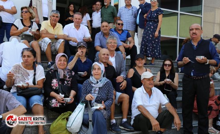 EDREMİT BELEDİYESİ'NDEN AŞURE HAYRI