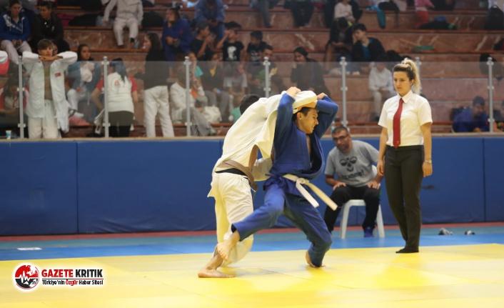 Kıymetli Hocaların Anısına Judo Turnuvası Düzenlendi!