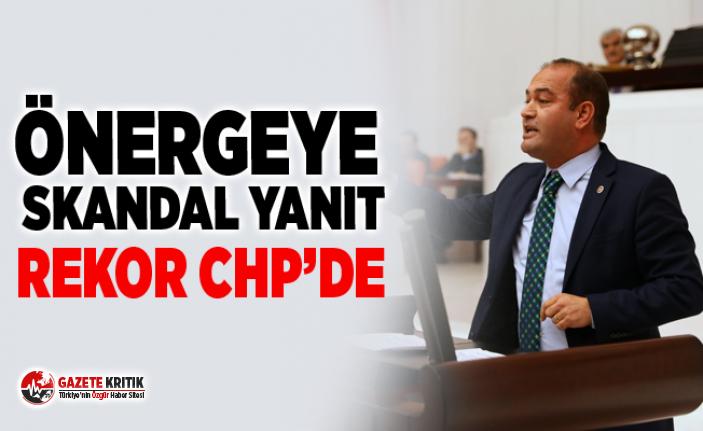 ÖZGÜR KARABAT'IN SUNDUĞU ÖNERGEYE SKANDAL...