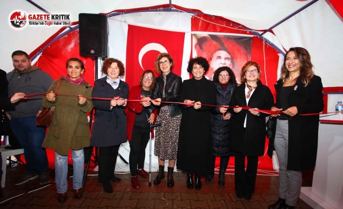 Bayraklı'da Kadınlardan 'Yeni Yıl'...