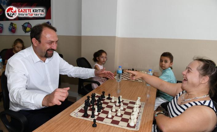 Çiğli'de Engellilik Politikası Çalıştayı...
