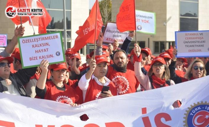 İstanbul Üniversitesi Önünde Protesto!
