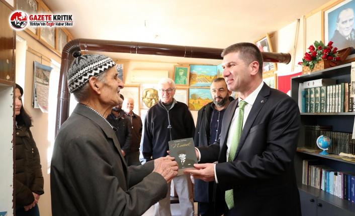 Başkan Ercengiz'den Emin Amca'ya Kitap Sözü
