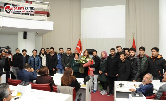 Öğrencilerden Balçova Belediyesi'ne Anlamlı Ziyaret
